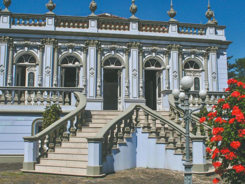 Palacete Dos Leões