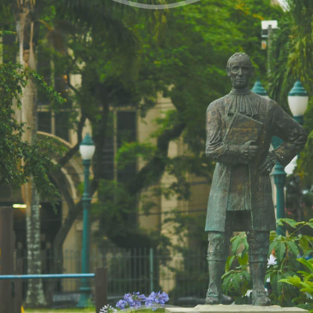 A Primeira Tentativa De Uma Universidade No Paraná