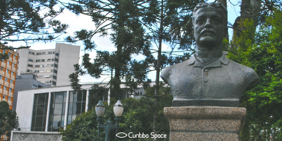 Praça Santos Andrade - Curitiba Space