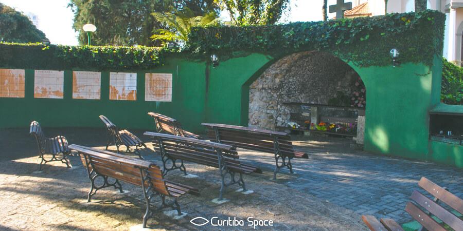 Especial Instituições Religiosas - Paróquia Nossa Senhora de Lourdes - Curitiba Space