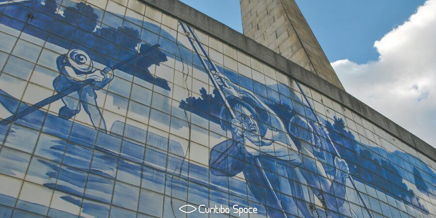 Poty Lazzarotto - Monumento ao 1º Centenário de Emancipação Política do Paraná - Praça 19 de Dezembro - Curitiba Space