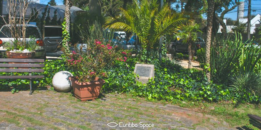 Quem foi: Menotti Caprilhone - Curitiba Space